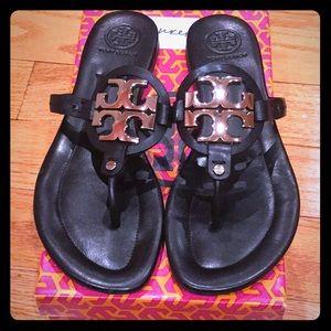 Tory Burch black vegetarian leather flip flops NIB